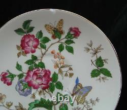 Wedgwood Charnwood 3984 Rose Bone China England Seating 12 (53) Pc Serving Set