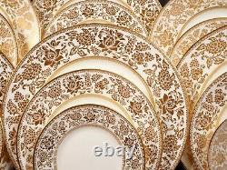 Wedgwood GOLD DAMASK Dinner set for 8 Gold Salad Bread Plate Bone China England