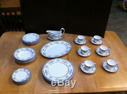 Wedgwood Hampshire 6 set 39pcs Bone China made in England R4668 dinnerware