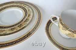 Wedgwood India 5 Piece Place Setting Bone China Made in England Plates + Tea