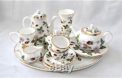 Wedgwood Miniature Tea set Porcelain china Wild Strawberry 15 pcs Made England