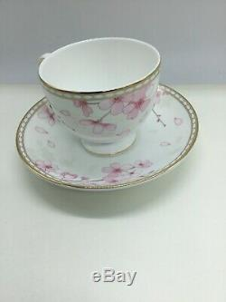 Wedgwood Spring Blossom 5 Piece Place Setting China Made in England Never Used