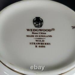 Wedgwood Wild Strawberry Sugar Bowl & Creamer Set Bone China England EXCELLENT